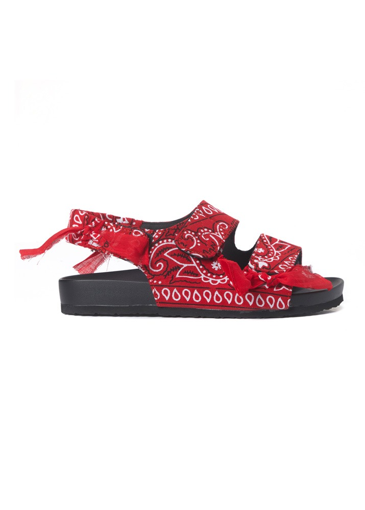 ARIZONA LOVE _ Apache Red Bandana Low Heel